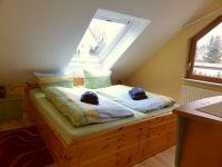 Bett 180x200 cm - Bild 3: Ferienwohnung 2, Haus Erhard in Berlin Lichtenrade
