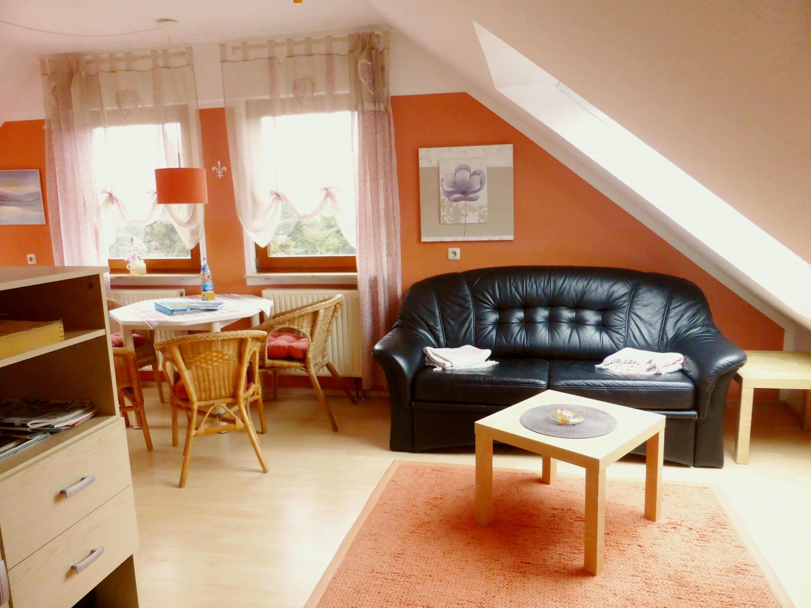 ab 45 ferienwohnung 3 haus erhard in berlin lichtenrade ferienwohnung in berlin. Black Bedroom Furniture Sets. Home Design Ideas